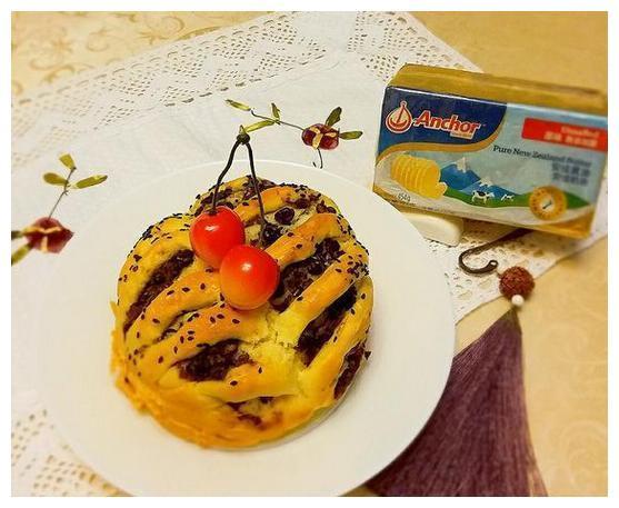 美食推荐:红豆花包,素食粟米块,山药陈皮桂圆糕,烤花蛤金针菇