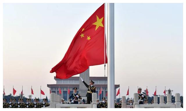 航天英雄杨利伟,成为国人骄傲的背后,是女儿的离世和妻子的支持