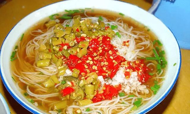 在湖南衡阳,衡阳人美好的一天,是从一碗渣江米粉开始!