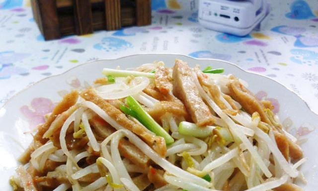 甜不辣炒绿豆芽,简单快手,脆嫩下饭