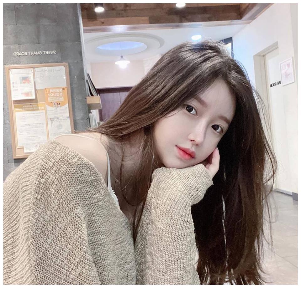 【尹素婉】温婉可人的韩国美女主播