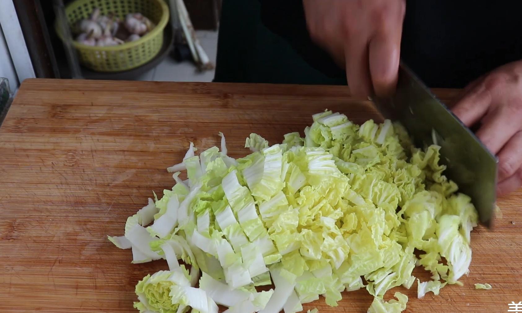 大烩菜这样做才好吃,有肉有菜有粉条,营养又好吃,超简单