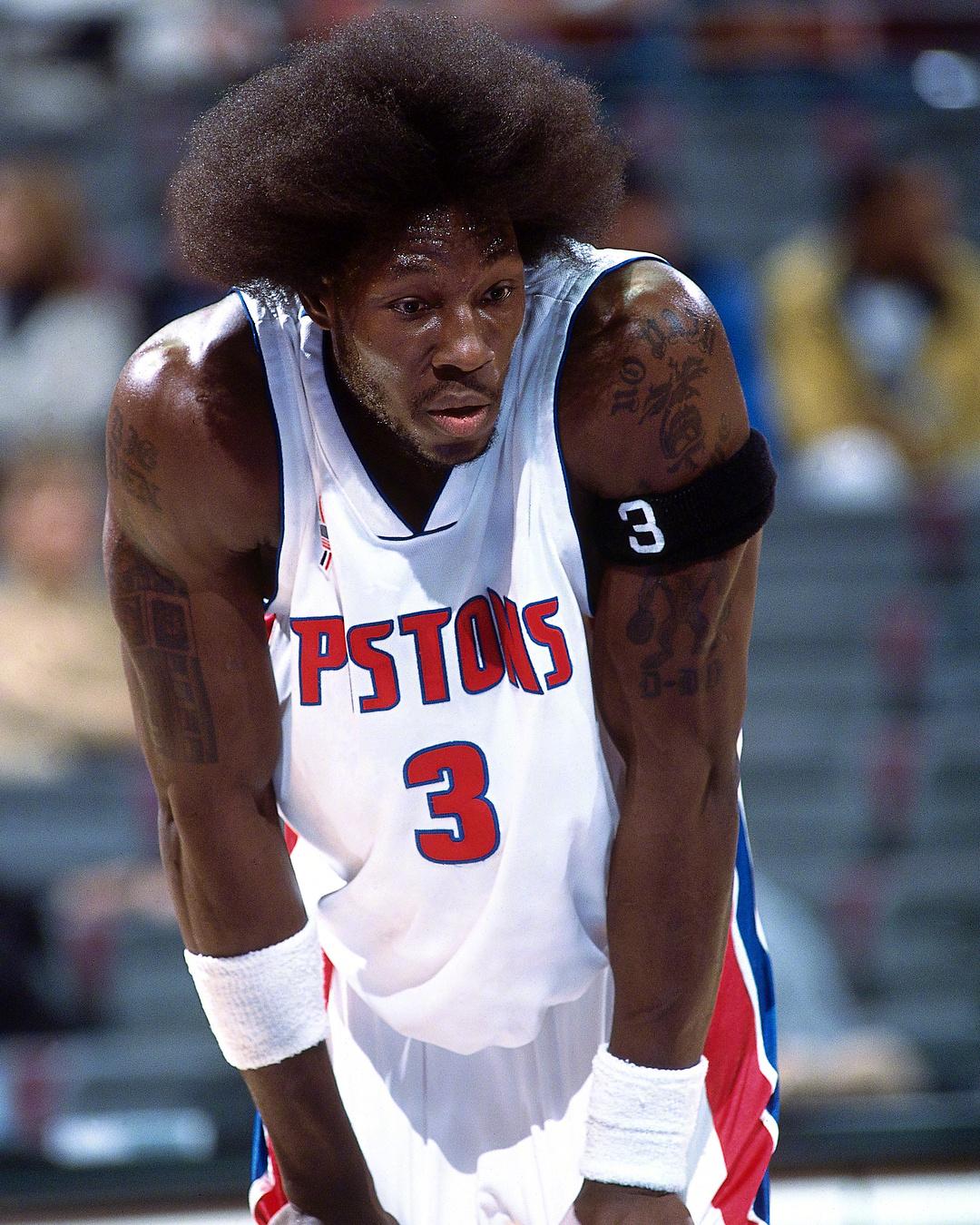 当年身体天赋炸裂的NBA球星,詹姆斯都单打不动的存在啊