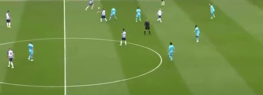 洛里失误,布莱顿传中变进球