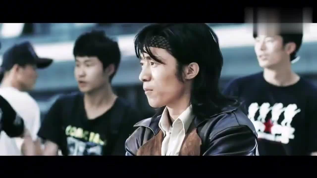 动作片:中南海保镖后,又一中国顶级保镖,生猛无比,出手果断!