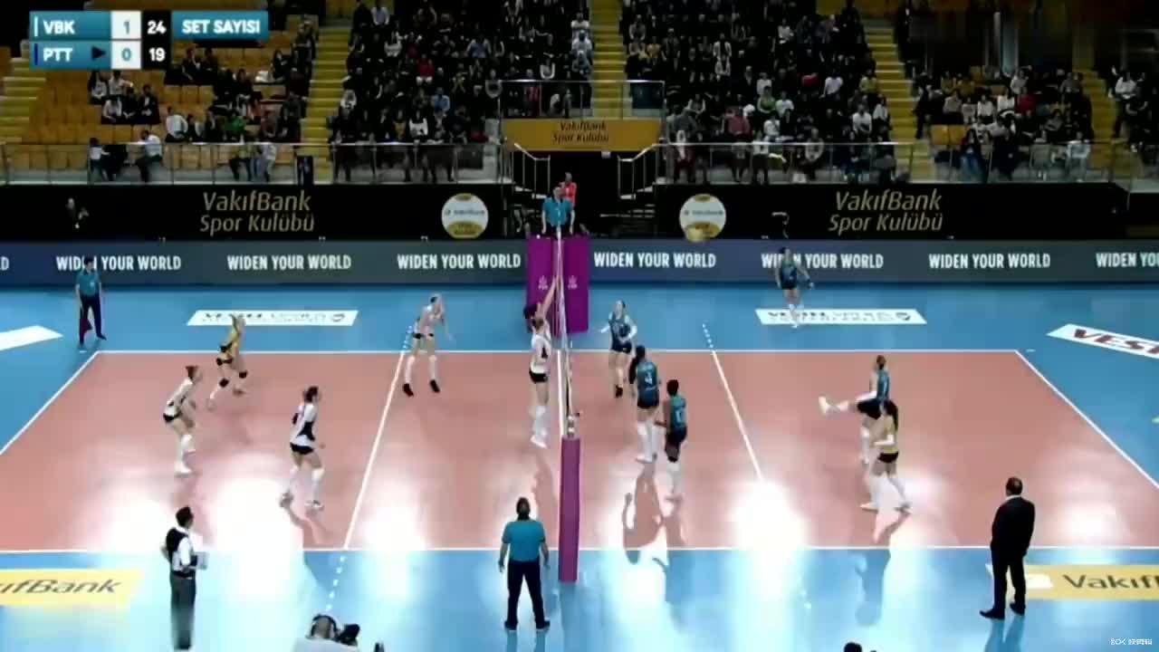 伊莎贝尔·哈克,土耳其女排联赛对阵PTT体育亮点