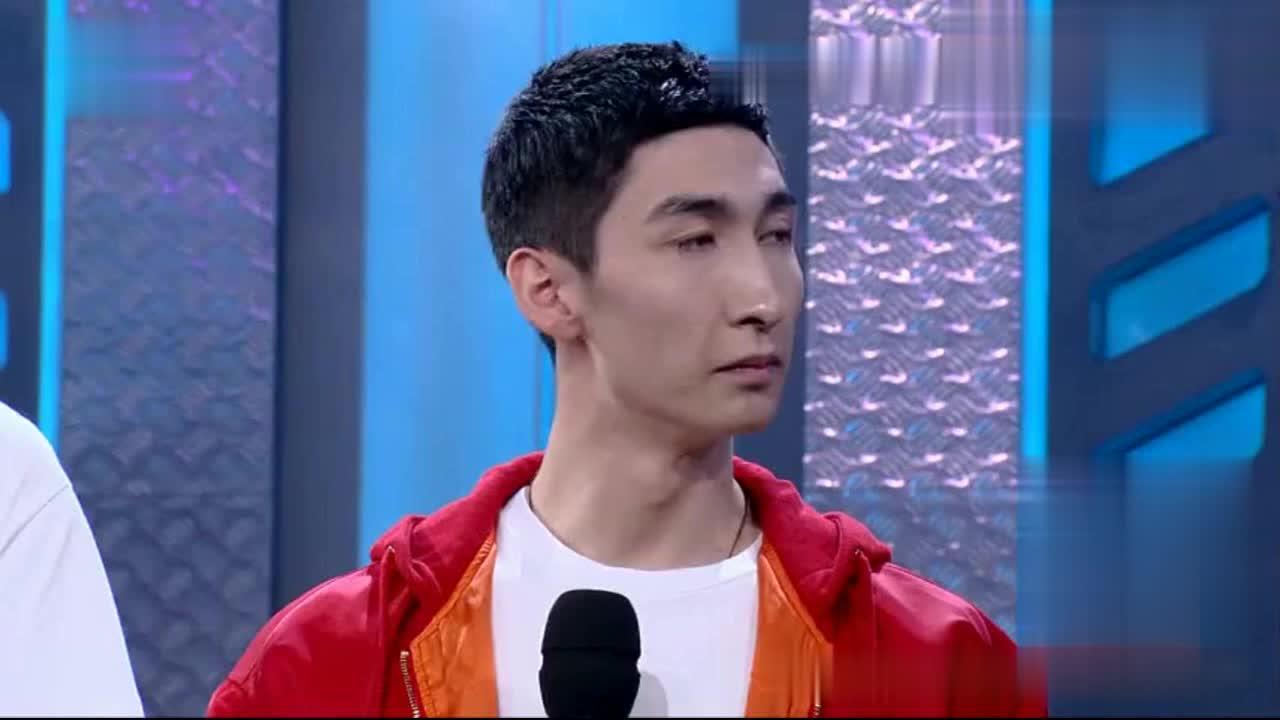 奥运冠军武大靖现场连线偶像江疏影,开心的像个孩子
