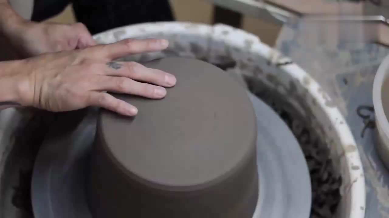 日本陶制锅具制作过程,工艺精湛,过程简直就是享受