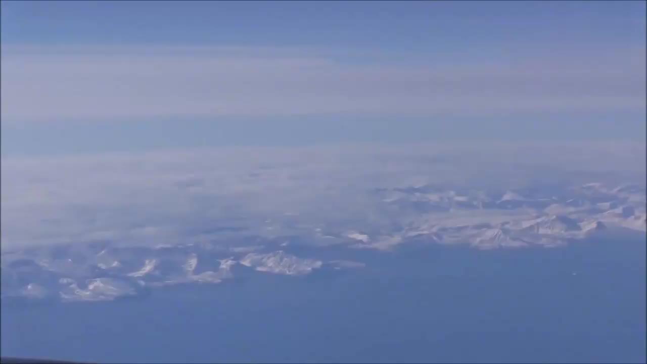 美国空军展示空中硬管加油与授油技术