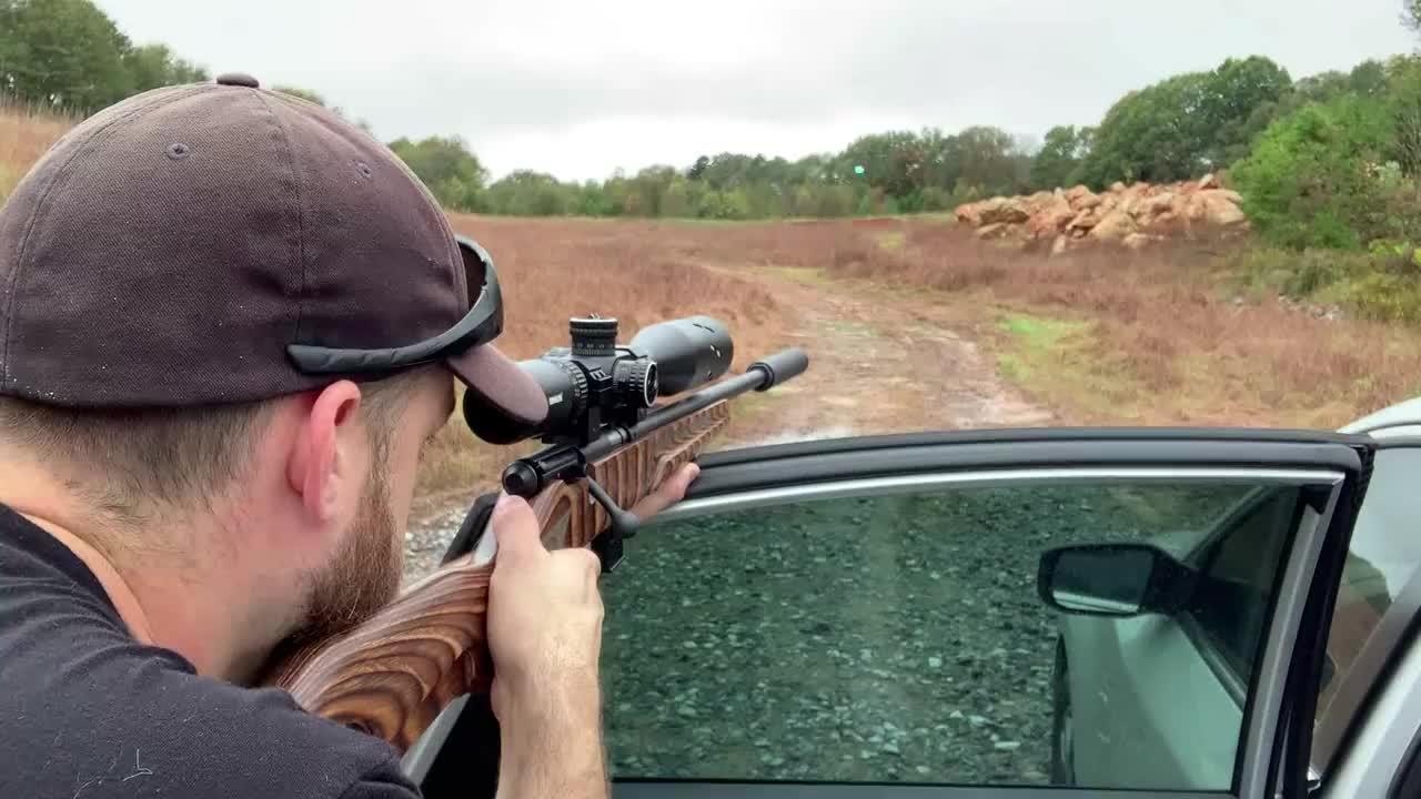 手动步枪配备高清瞄准镜,精度高枪法准,威力就一般了
