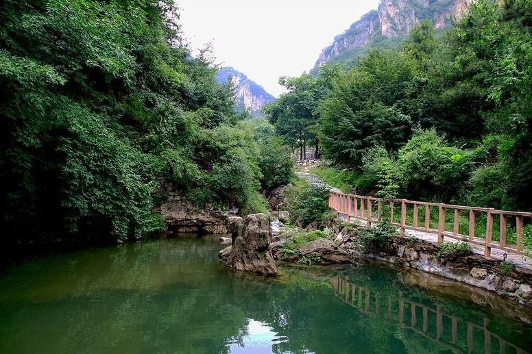 """河北又一景点走红,人称石家庄的""""桂林"""",比苏州园林更显高贵"""