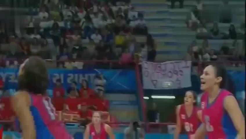 这就是中国女排的实力,面对挑战者,打的让你跪地爬不起来