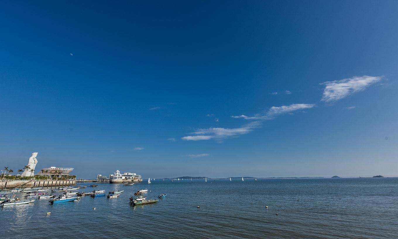 观音山海滩:厦门岛常见的海滨浴场,却是很多影视片取景地