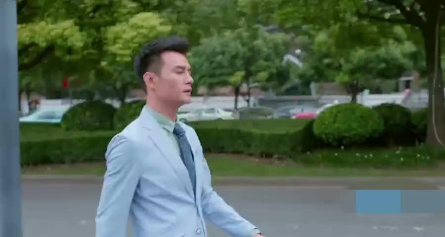赵医生将车子停好之后,赶紧去找曲筱绡,能不能长点心