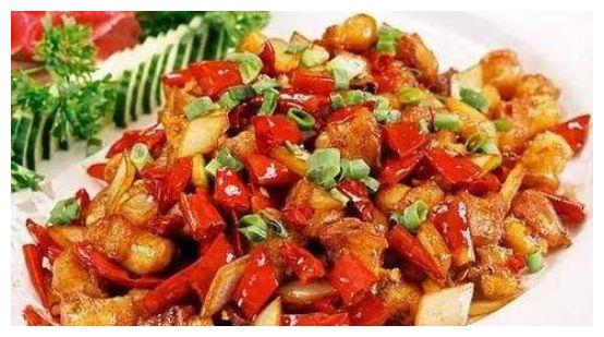 美食推荐:清蒸黄花鱼、白灼秋葵、马兰头拌香干、泡姜辣子鸡做法