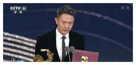 等了21年,印小天凭借《烈火英雄》,获得金鸡奖最佳男配角奖