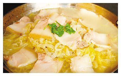 美食推荐:酸菜白肉,三鲜腐竹,奶油焗生蚝,南瓜蒸百合