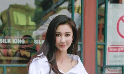徐峥怎么捧都不红的女演员,黄渤只用了10秒钟,就令她一炮而红