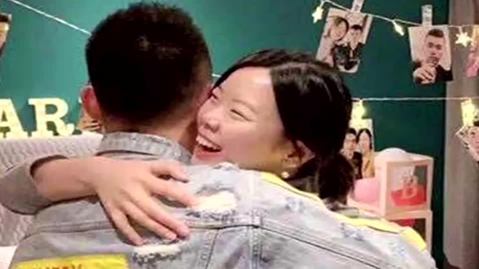 太幸福了!李雪芮接受乔斌求婚 将继续代表八一队征战