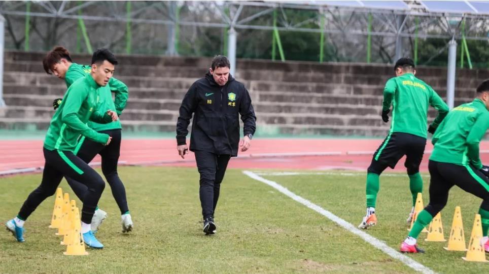 国安韩国集训开启魔鬼强度,全队积极备战亚冠 目标进入淘汰赛