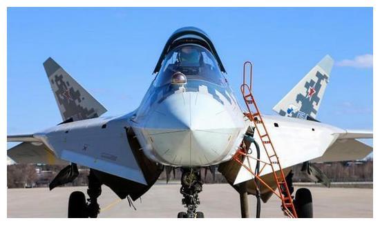 """苏57成为""""便宜货"""",单价比四代战斗机都要低,俄罗斯追订76架"""