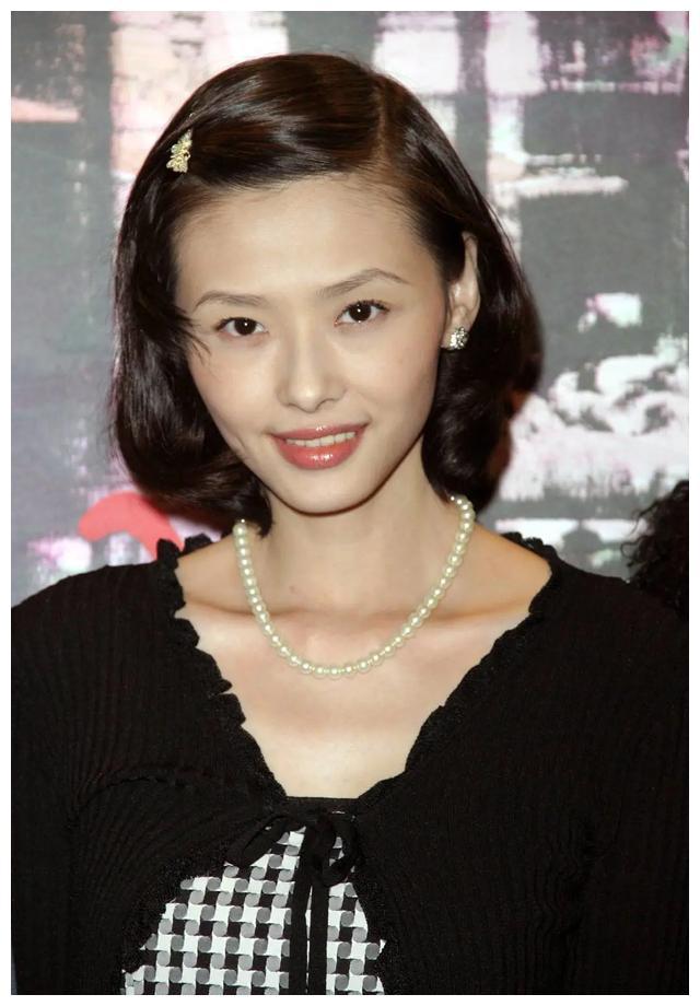 43岁萧淑慎嫁小十五岁男友却患癌症体重暴瘦10公斤,网友表示惋惜
