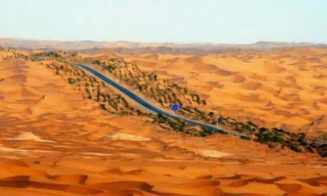 我国在塔克拉玛干沙漠种下亿万棵树,如今咋样了?网友:令人意外