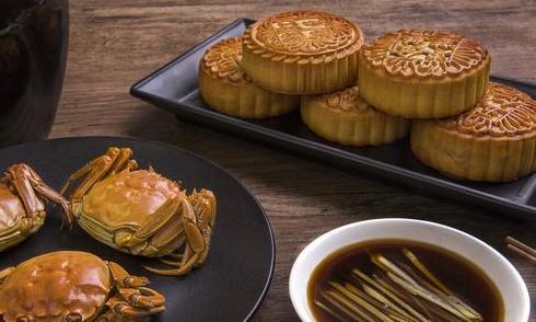明日中秋,除月饼外,还有6种传统食物记得吃,营养高寓意好