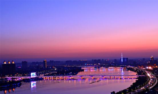 南阳这座最幸运的小县城,已悄然迈入高铁时代,未来发展前途无量
