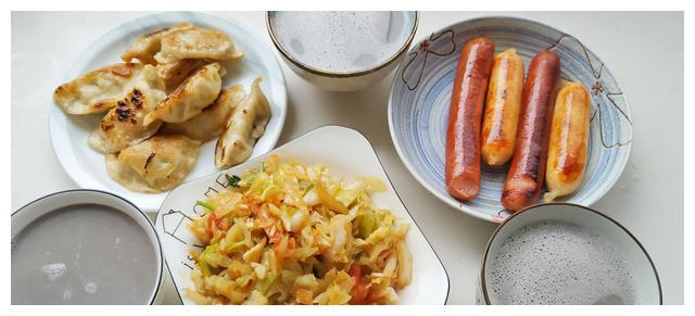 元旦假期的早餐,快手简单,从小就吃不腻,美味100份