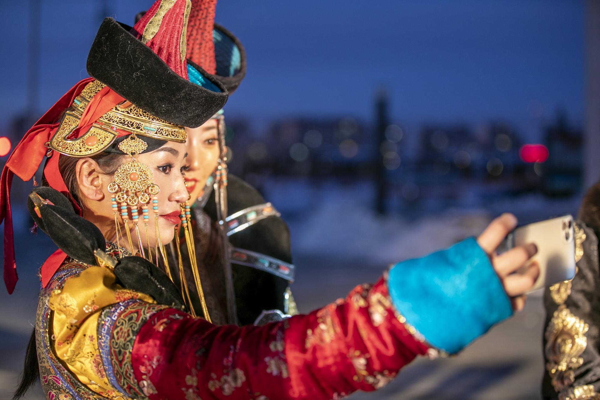 """锡林浩特的冬天这么美!零下32℃,花样方式玩转""""中国马都"""""""
