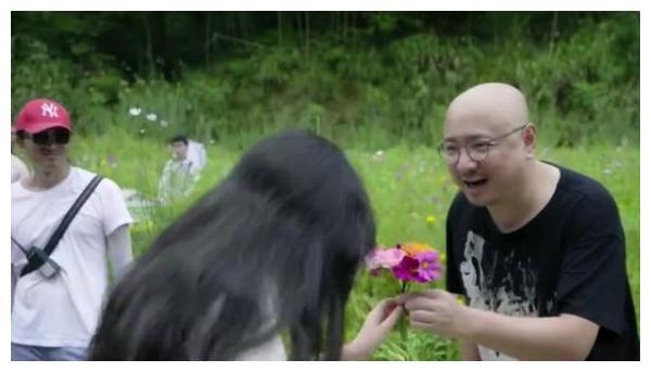 徐峥11岁女儿近照曝光,气质出尘五官像极爸爸,曾被陶虹说不漂亮