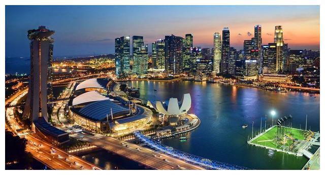 新加坡遇难题求助我国?直接遭到中方拒绝,又要拿人道主义说事?