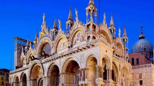参观欧洲最美城市广场,欣赏圣马可大教堂等,文艺复兴时期建筑