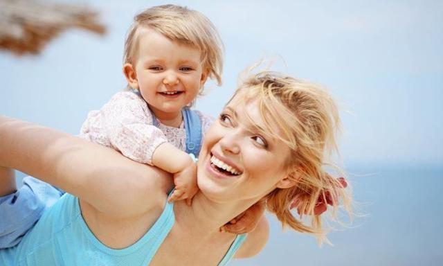「海英博士《情绪密码》」家长如何避免过度保护孩子