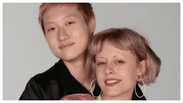 小龙女吴卓林妻子有多开放?偏爱小鲜肉,生活照更是不忍直视!