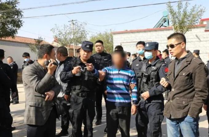 河北一家5口遭邻居殴打重伤,受害人︰警方拒绝调查