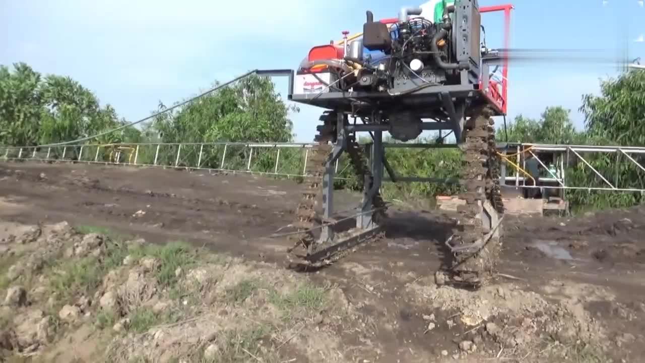 高手在民间,农村牛人发明的喷雾车简直就是神器,太实用了