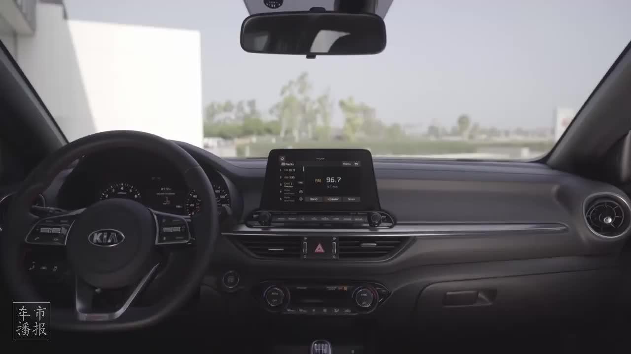 视频:2021款 起亚 福瑞迪 GT 运动版 内饰