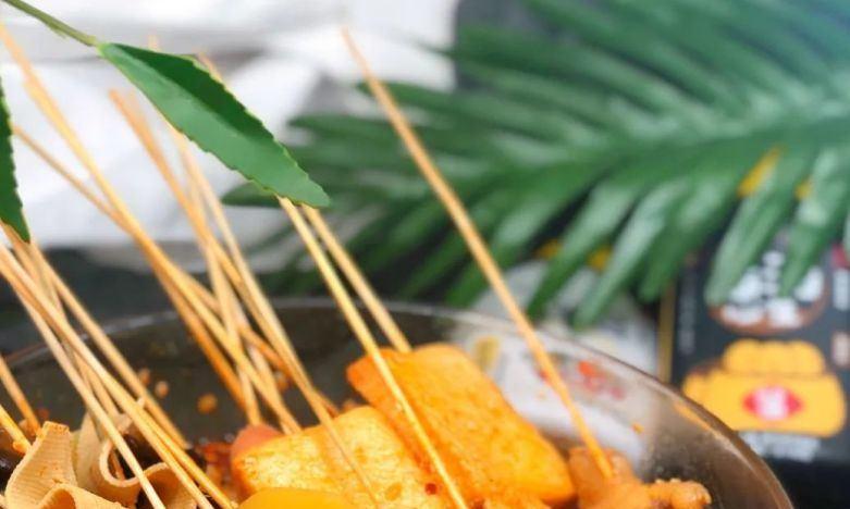 夏日夜市最火的美食之一,一晚上售出2万串,摆摊卖它准没错!