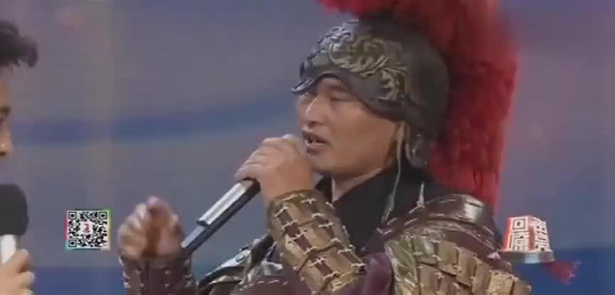 大衣哥朱之文见到偶像张凯丽现场和偶像唱歌