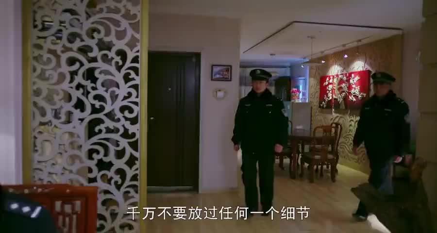 警察找上门母亲才知道儿子犯了这些坏事,连忙让女儿去找人回来