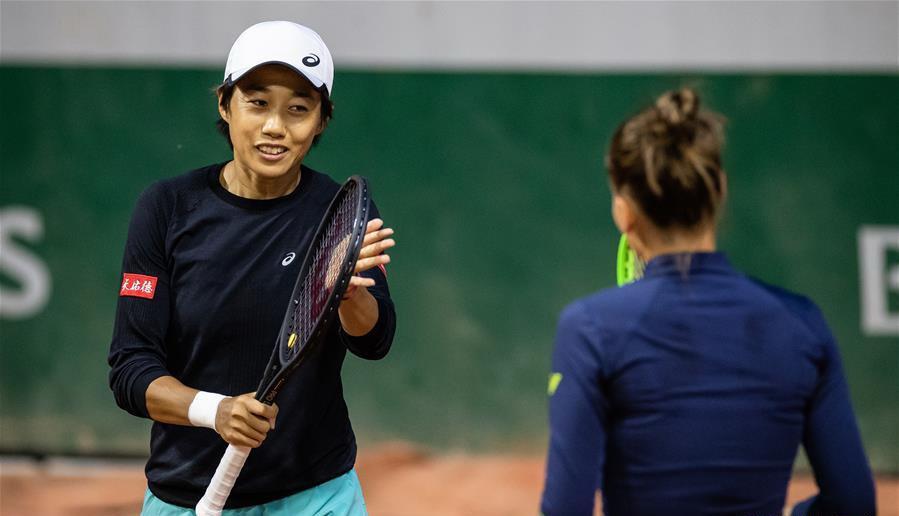 2020年法网女双首轮,张帅+库德梅托娃2比1战胜布林科娃+麦克哈尔