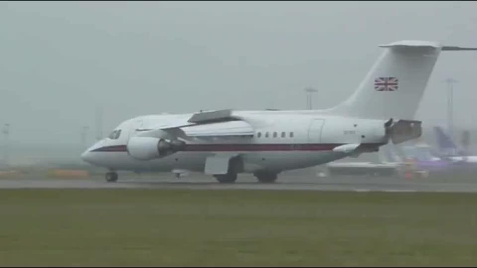 古董飞机,英国宇航公司BAE146四发客机强势起飞!