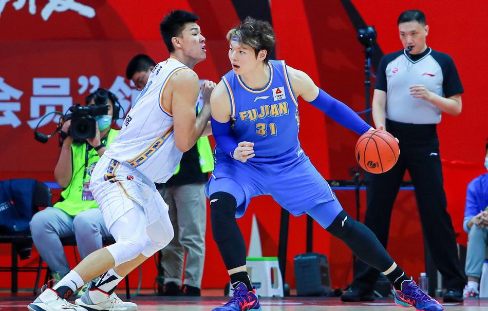 福建男篮末节仅得4分,71-80不敌北京首钢,惨遭CBA开局5连败