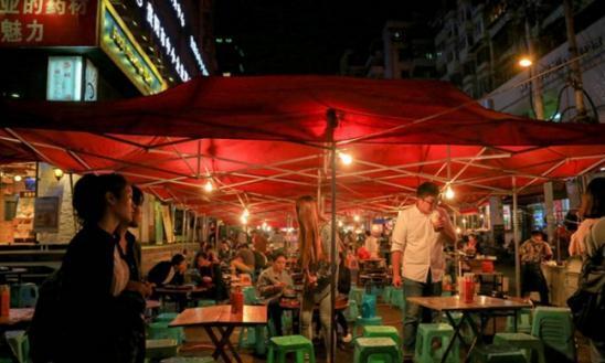 贵阳夜市没了,外地游客惜言:再也看不到贵阳热闹夜市街