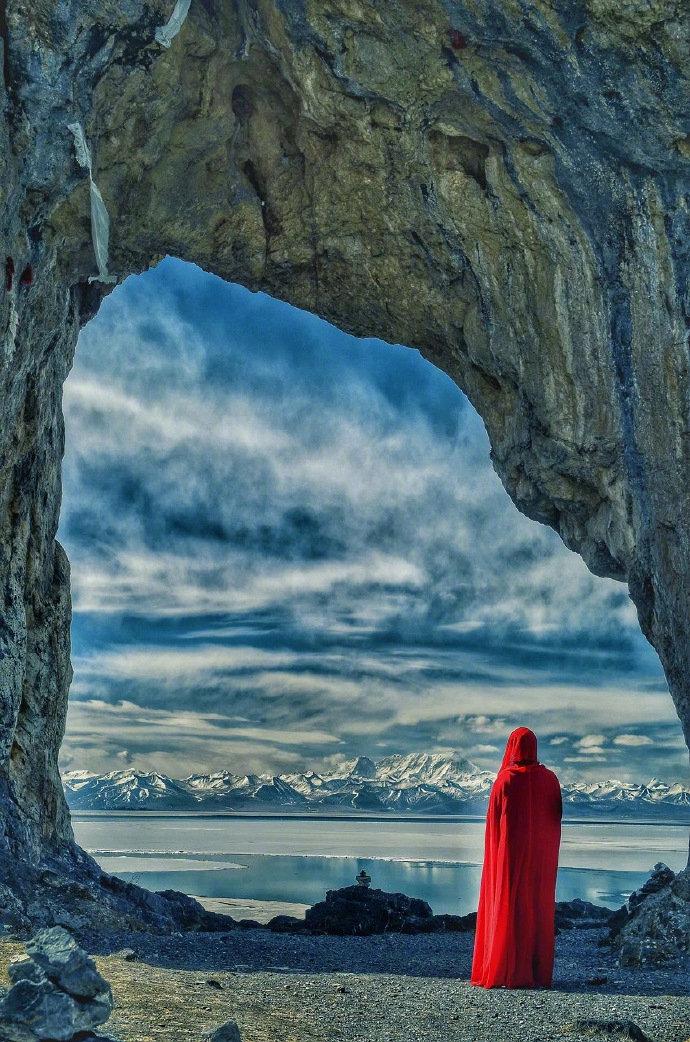 西藏不在拉萨,不在布达拉宫,不在大昭寺,它在路上。