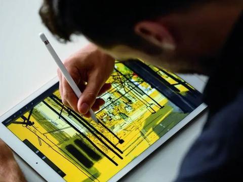 苹果Apple Pencil未来将可以模拟在纸上写字的感觉