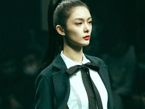 新生代女明星里,傅菁算是最合我口味的了!尤其看了今晚的后