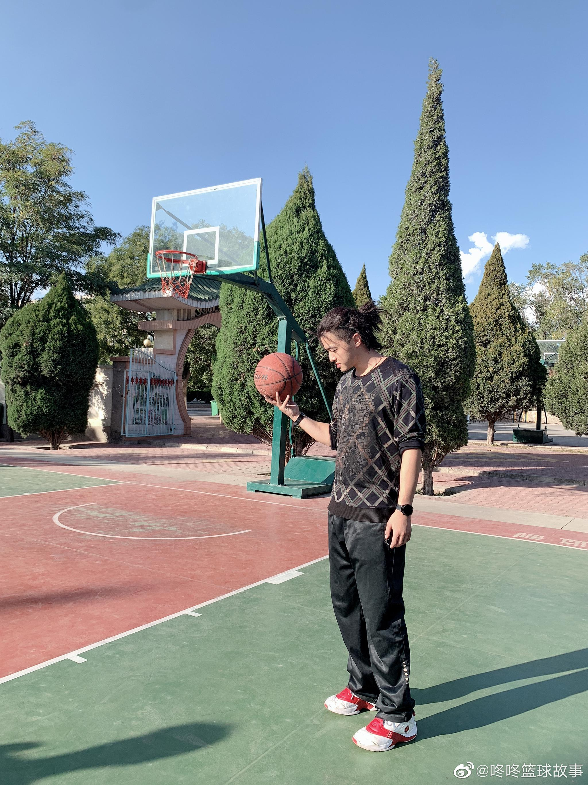 In my dreams I am not so far away from home.☯🏀